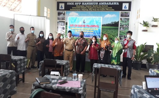 In House Training Penyusunan E-KTSP 2021/2022